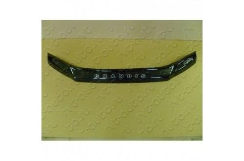 Дефлектор капота Mitsubishi Grandis 3
