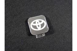 Заглушка фаркопа с логотипом Toyota