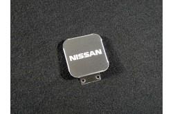 Заглушка фаркопа с логотипом Nissan