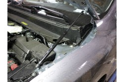 Амортизатор капота Nissan Pathfinder R52