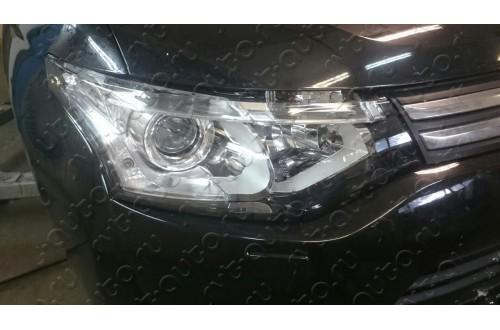 Фара под ксенон правая Mitsubishi Outlander 3