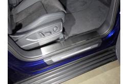 Накладки на пороги Audi Q5 2017