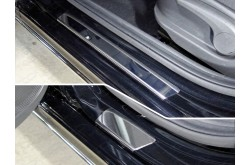 Накладки на пороги Hyundai Solaris 2