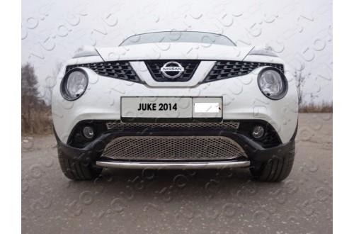 Решетка радиатора Nissan Juke верхняя