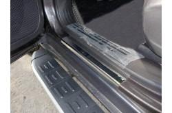Накладки на пороги Jeep Cherokee