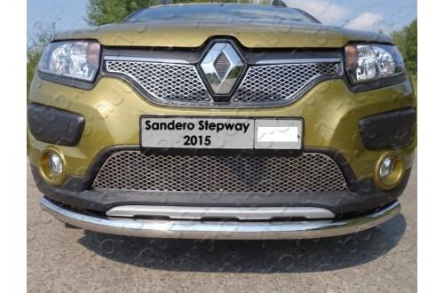 Решетка радиатора Renault Sandero Stepway 2 верхняя