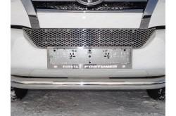 Решетка радиатора Toyota Fortuner 2 нижняя