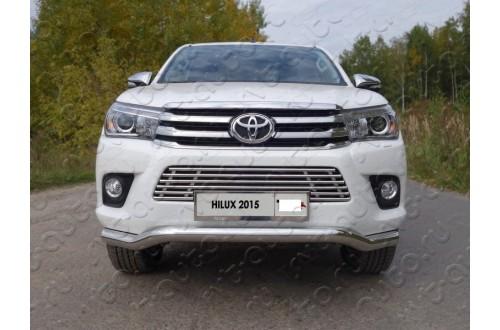 Решетка радиатора Toyota Hilux 8 нижняя 16мм