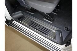Накладки на пороги Volkswagen Caravelle