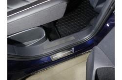 Накладки на пластиковые пороги задние Volkswagen Tiguan