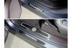 Накладки на пластиковые пороги Volkswagen Touareg R-Line