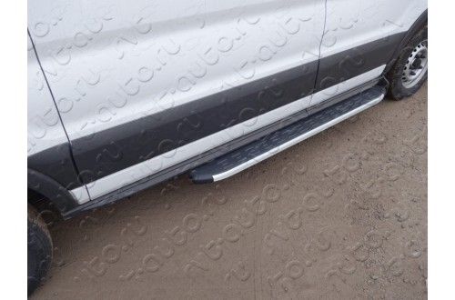 Порог алюминиевый короткий правый Ford Tranzit 2013