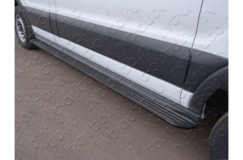 Порог алюминиевый правый Slim Line Black Ford Tranzit 2013
