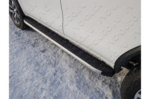 Пороги алюминиевые Toyota Fortuner