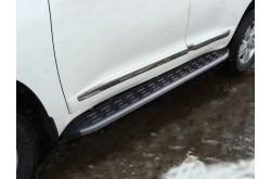 Пороги алюминиевые Toyota Land Cruiser 200 рестайлинг