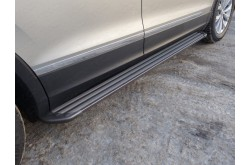 Пороги алюминиевые Slim Line Black Volkswagen Tuguan 2