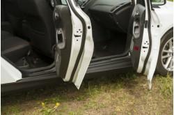 Накладки на внутренние пороги дверей Ford Focus 3 рестайлинг