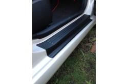Накладки на внутренние пороги дверей Hyundai Solaris