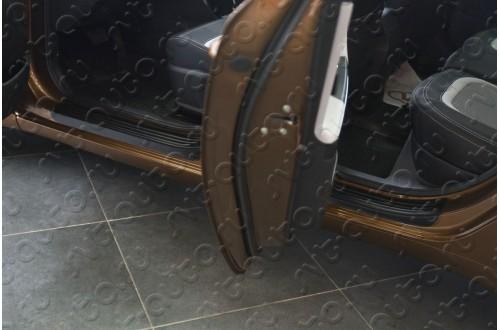 Накладки на пороги дверей KIA Cee'd 2 рестайлинг