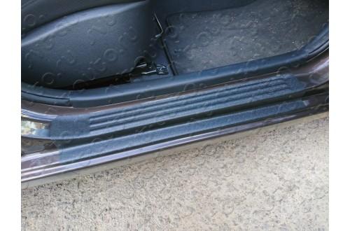 Накладки на внутренние пороги дверей KIA Rio III вариант 2