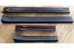 Накладки на внутренние пороги дверей Nissan Almera G15