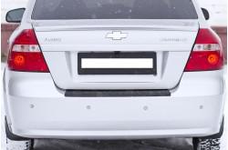 Накладка на задний бампер Chevrolet Aveo седан