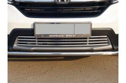 Решетка радиатора нижняя Honda CR-V 5