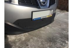 Заглушка решётки переднего бампера Nissan Qashqai 2