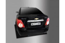 Хромированная накладка на крышку багажника Chevrolet Aveo 2