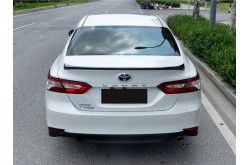 Лип спойлер Toyota Camry V70