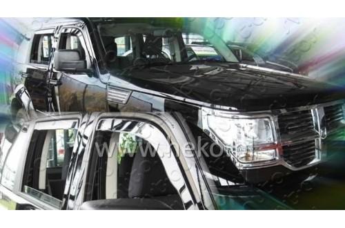 Вставные дефлекторы окон Dodge Nitro