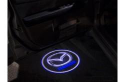 Проекция логотипа Mazda