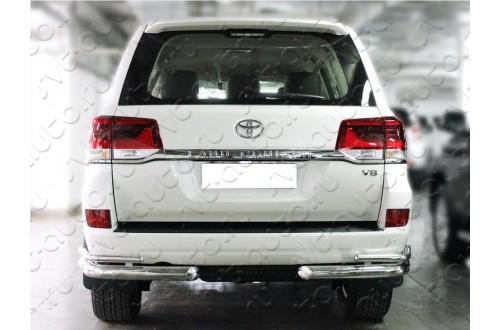 Защита заднего бампера Toyota LandCruiser 200 2015