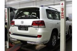 Уголки заднего бампера Toyota Land Cruiser 200 2015