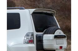 Спойлер пятой двери Mitsubishi Pajero IV