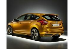 Спойлер на крышку багажника Ford Focus lll hb